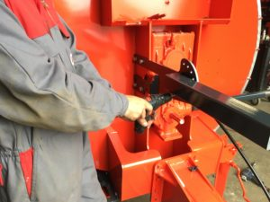 technicien SAV au travail